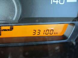 低走行33,100KM☆20KMほどの走行テストも済んでおりエンジン機関も良好です♪もちろん新車時保証書・点検記録簿付きで安心の厳選車両☆☆☆お買得な一台です♪
