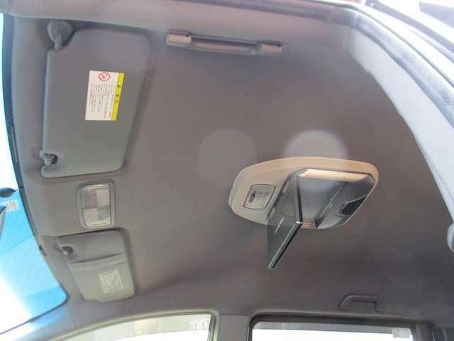 入庫時に走行チェック(高速道路、一般道当社入庫時20km走行テスト済み)をし厳密な点検をクリアした車輛のみを展示販売させて頂いております。
