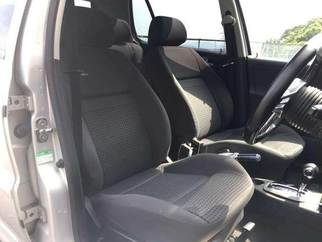 ☆車内目立った汚れもなく、気になる匂いもありません!ISOTTA SeatBelt chrome cover!☆