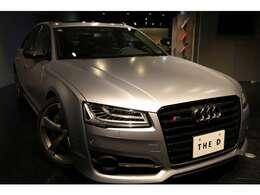 LEDヘッドライトにオートライトですので、対向車も眩しくならないようになっております。