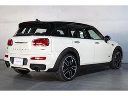 新車BMW&MINIショールームが併設しています。ネスプレッソカフェ、キッズスペースもあり、ごゆっくりとお車をご覧いただけます。 MINI NEXT東京ベイ