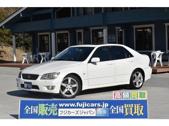 H14 アルテッツァ RS200Zエディション 入庫致しました☆