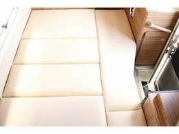 新品ベッドマット☆195cm×132~118cmで大人2名がゆったり就寝可能な大型ベッド☆