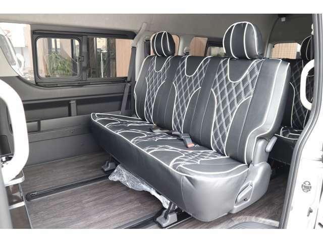 2列目S-GL純正シート!IFUU欧州車デザインシートカバー!ステッチカラー選べます!ロングスライドレール!車輌持ち込みにて内装施工出来ます!