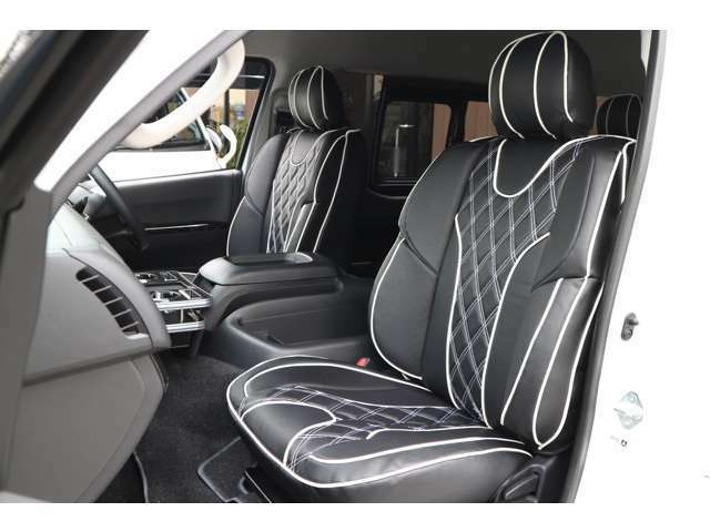 IFUU欧州車デザイン3D成形バケットシートカバー!ステッチカラー選べます!