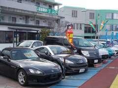 カーランドオリーブ 軽自動車専門店です。