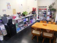 店内の商談スペースにて、納得のいくまでゆっくりとご商談下さい。