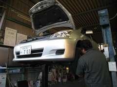 自社認証工場完備です!車検・鈑金・塗装・保険等お任せください