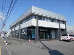 店舗は長野市東和田、国道18号線にございます。