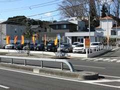 広々した展示場でゆったりと車選びができ、全車試乗可能。高価買取中です!  http://www.auto-recool.jp