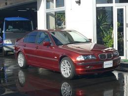 BMW 3シリーズ 318i マニュアル5速OPスポーツシートHID