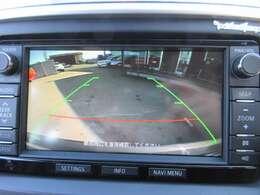純正SDナビ付き♪ ガイド線付バックカメラで駐車も安心ですね♪ 純正タイプになりますので、映りも綺麗になります♪