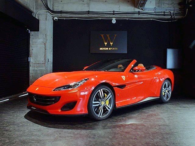 株式会社W本社では、輸入車を愛するお客様に、最 高の1台に巡り逢って頂けますよう、徹底的な品質管理、価格管理、お付き合い頂く弊社スタッフ、全てに真心をこめてお出迎えさせて頂きます。