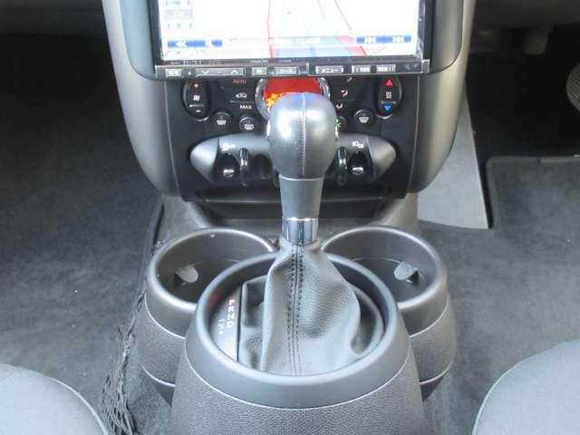 6AT(MTモード) オートエアコン フロントリアフォグ