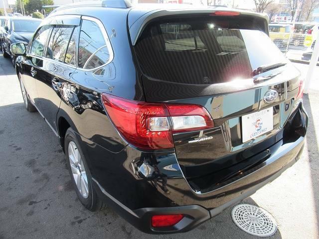 お車ご成約時の付帯率は驚きの90%OVER。グッドスピード自慢のガラスコーティング【GSフラックス】は、見違えるほどの輝きです