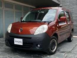 セレクトディーラー京都自動車の在庫ラインナップをごゆっくりご覧くださいませ