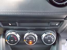 シートヒーターを全席に装備!冬の時期に重宝する装備の一つね☆三段階で温かさを調節できます!