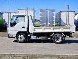 車両総重量4855kg 最大積載量2000kg