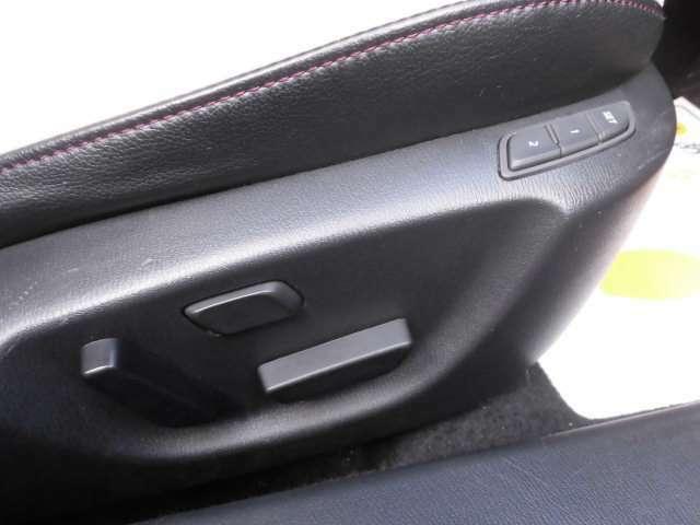 フロントシートは左右パワーシートとなります^^運転席はメモリー機能も追加されます^^タイヤは4本新品に交換して納車致します^^