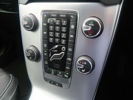 使用頻度の多いボタンは大きく配置され、安全性・機能性を重視してデザインされています。ボルボが世界に誇る安全支援機能「インテリセーフ」も搭載しております!どうぞご体感くださいませ。